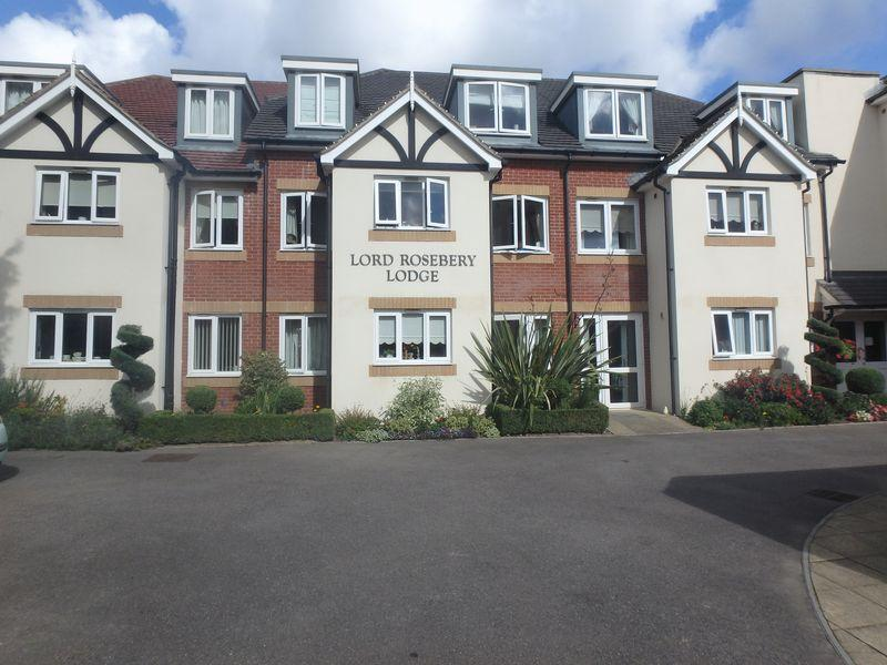 2 Bedrooms Apartment Flat for sale in Dorking Road, Epsom