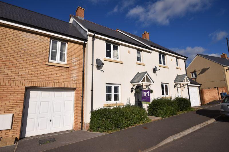 3 Bedrooms Terraced House for sale in Ffordd Y Draen, Bridgend