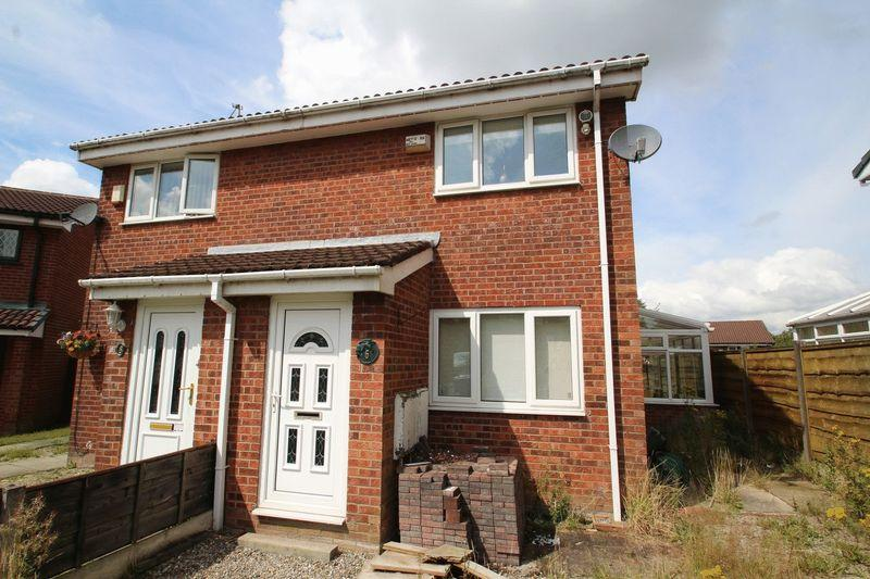 2 Bedrooms Semi Detached House for sale in Thornbush Way, Belfield, Rochdale OL16 2YG
