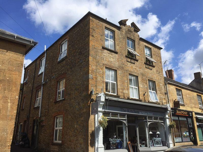 1 Bedroom Flat for sale in Silver Street, Ilminster