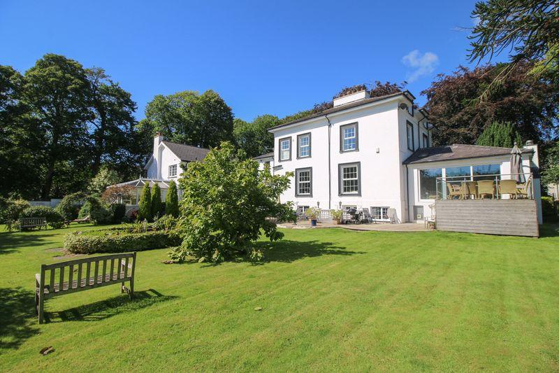 5 Bedrooms Detached House for sale in Burnside, Main Road, Union Mills, IM4 4AG