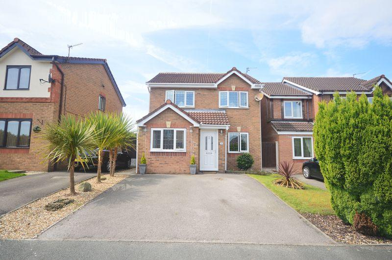 3 Bedrooms Detached House for sale in Turnstone Drive, Halewood