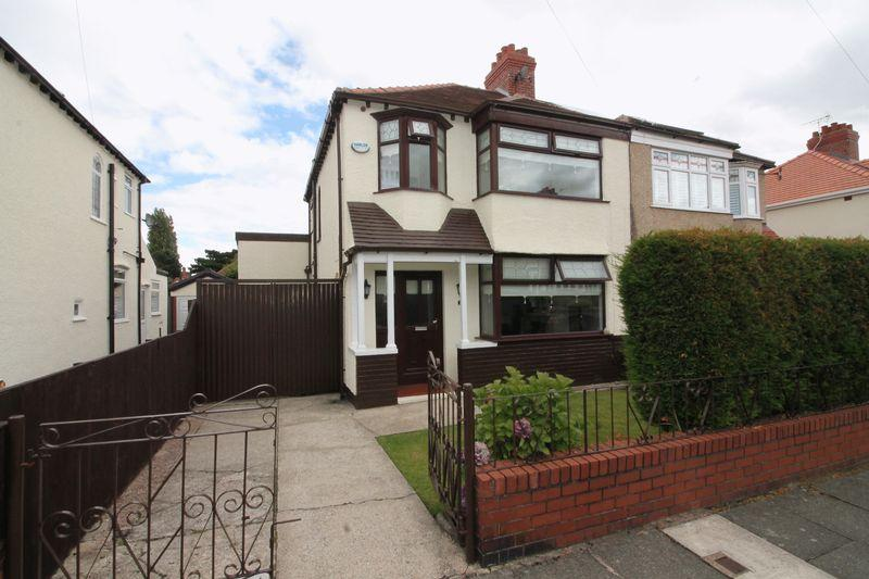 3 Bedrooms Semi Detached House for sale in St Albans Road