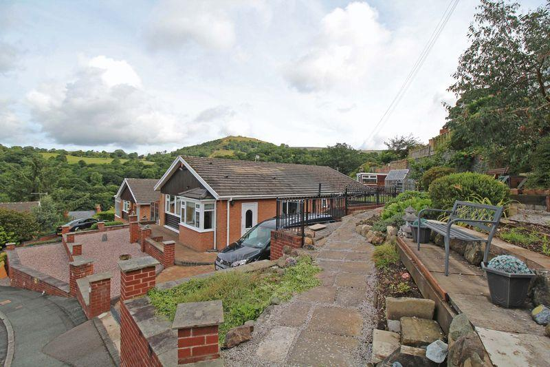 4 Bedrooms Detached Bungalow for sale in Horseshoe Pass View, Llangollen