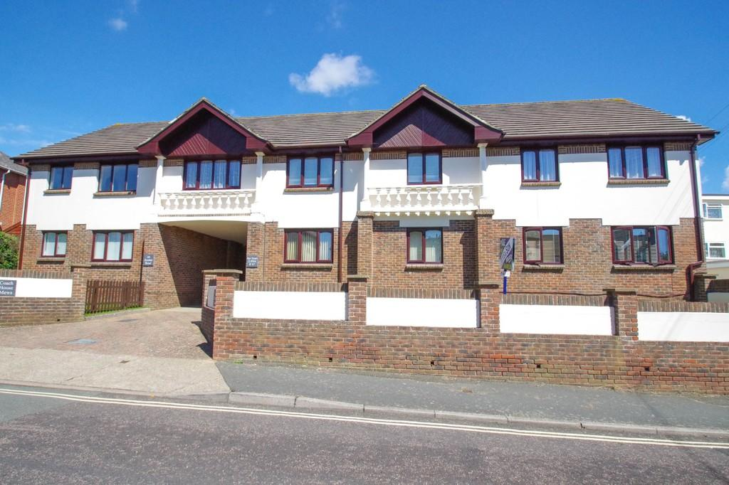 2 Bedrooms Ground Flat for sale in Avenue Road, Shanklin