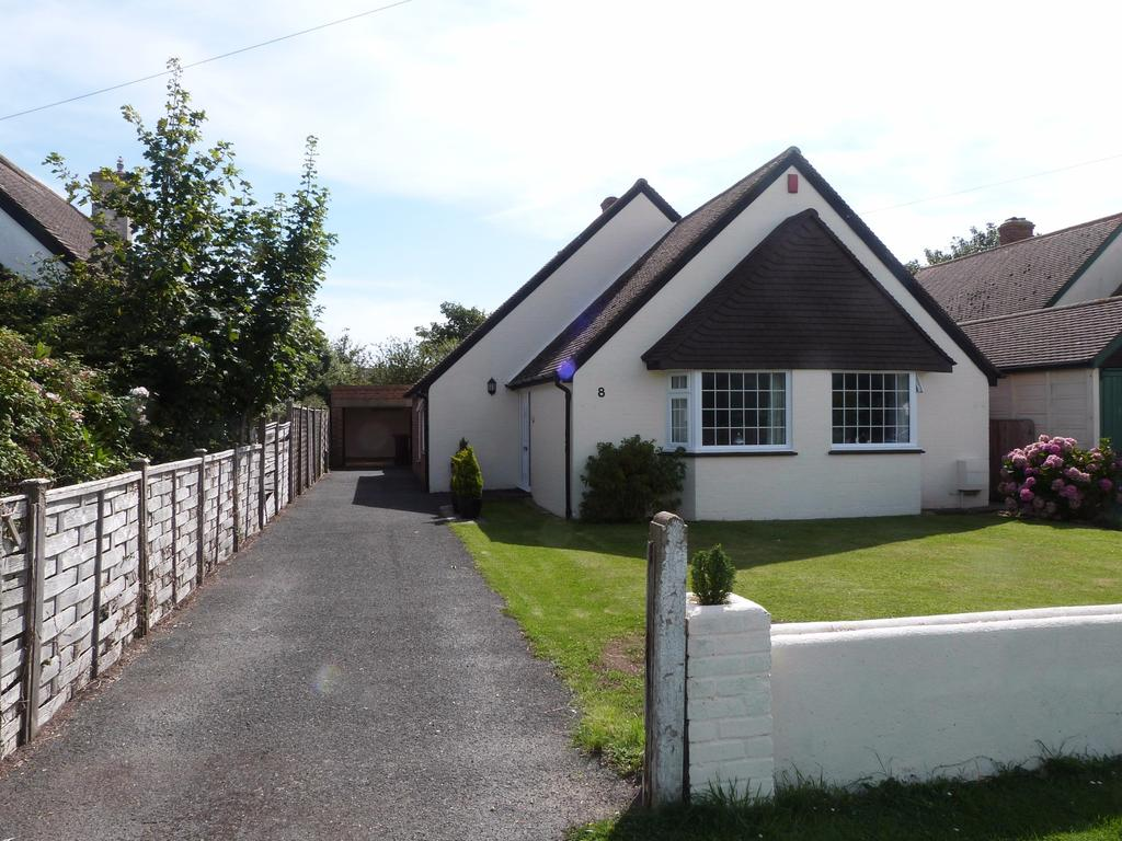 3 Bedrooms Detached Bungalow for sale in Peachey Road, Selsey