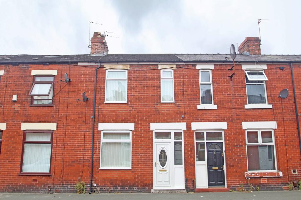 3 Bedrooms Terraced House for sale in Station Road, Eccles, Manchester, M30