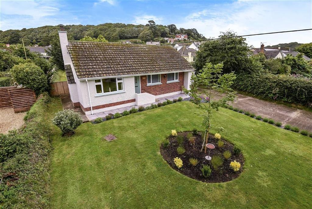 3 Bedrooms Bungalow for sale in Pixie Lane, Braunton, Devon, EX33