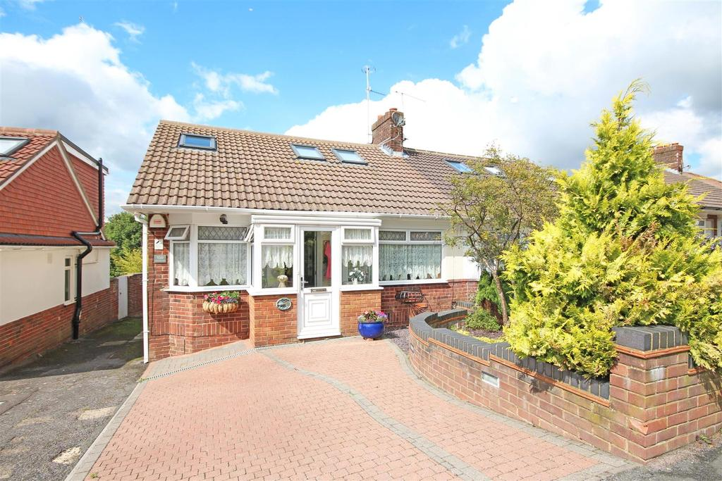 3 Bedrooms Semi Detached Bungalow for sale in Ladies Mile Road, Patcham, Brighton