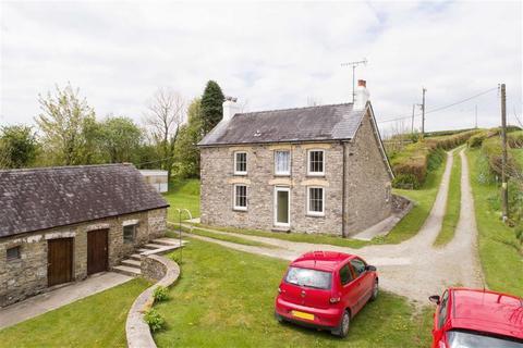 Farm for sale - Cwrtnewydd, Llanybydder