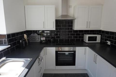 1 bedroom house share to rent - Room 1 @ 5 Derrington Ave, Crewe, CW2