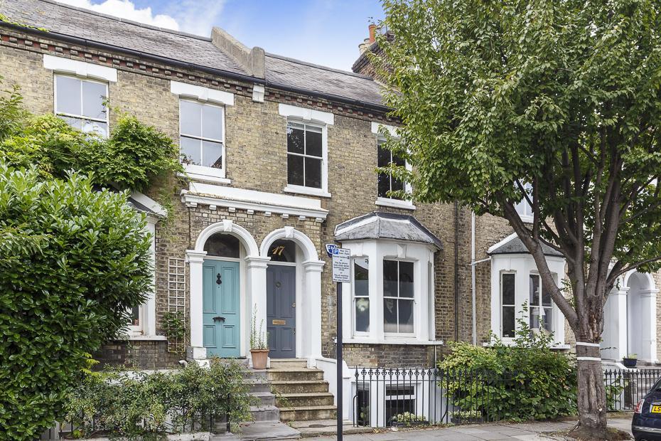 3 Bedrooms Terraced House for sale in Greenside Road, London W12