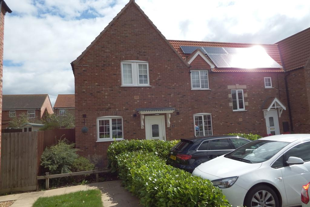 3 Bedrooms End Of Terrace House for sale in Foxglove Court, Spalding, PE11