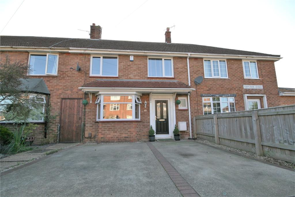 3 Bedrooms Terraced House for sale in Cartledge Avenue, Grimsby, DN32