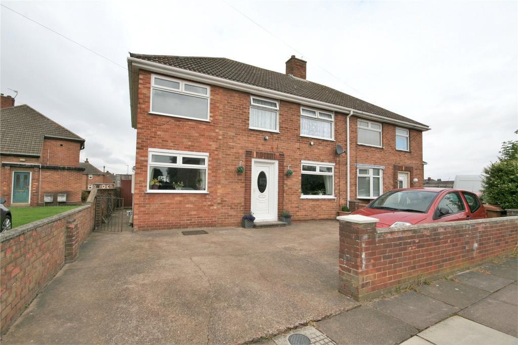 4 Bedrooms Semi Detached House for sale in Wicklow Avenue, Scartho, DN33
