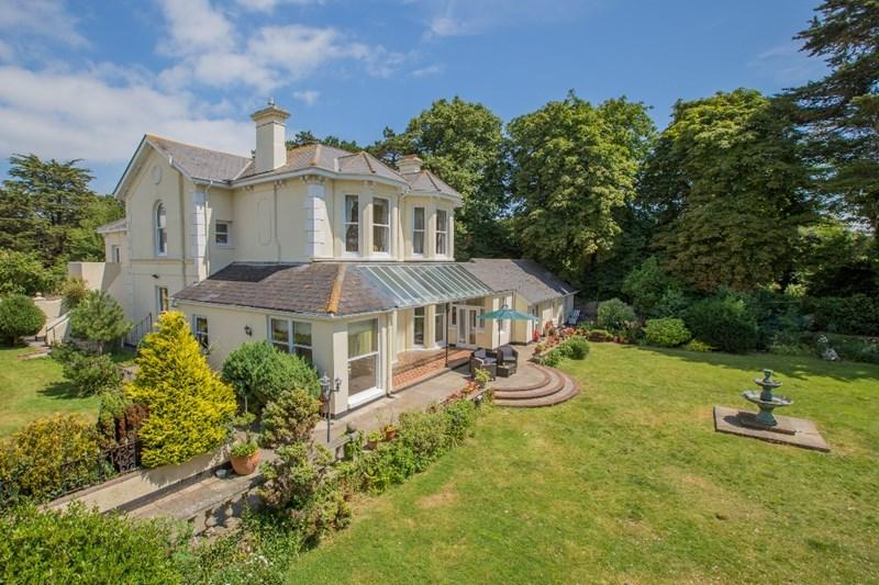 8 Bedrooms Detached House for sale in Lower Warberry Road, Torquay