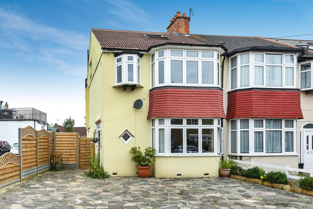 4 Bedrooms End Of Terrace House for sale in Surrey Road West Wickham BR4