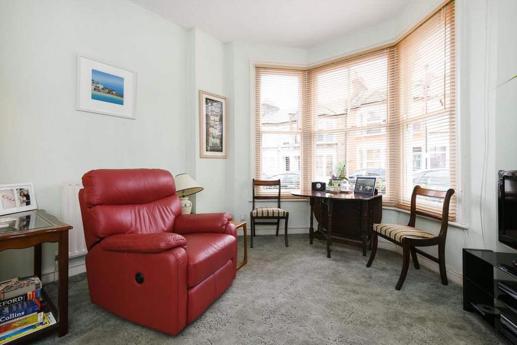 2 Bedrooms Flat for sale in St. Asaph Road, Brockley