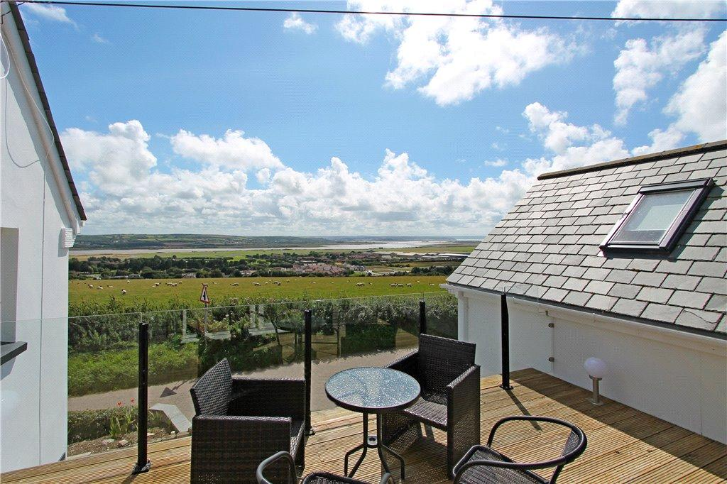 5 Bedrooms Detached House for sale in The Small House, Heanton, Devon