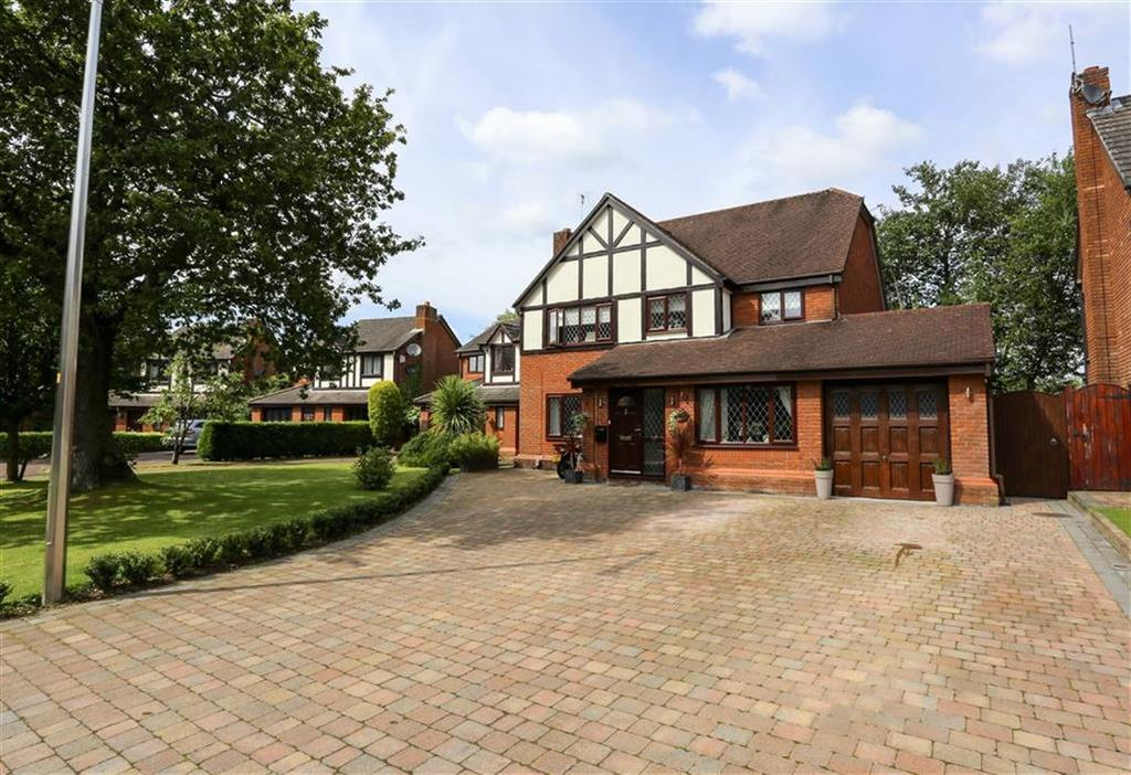 5 Bedrooms Detached House for sale in Penmoor Chase, Hazel Grove, Stockport