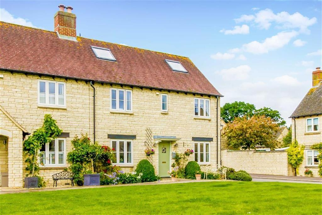 4 Bedrooms House for sale in Birch Drive, Bradwell Village, Oxfordshire