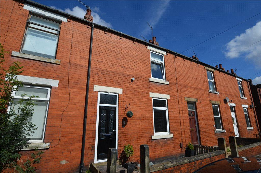 2 Bedrooms Terraced House for sale in Woodbine Street, Ossett, West Yorkshire