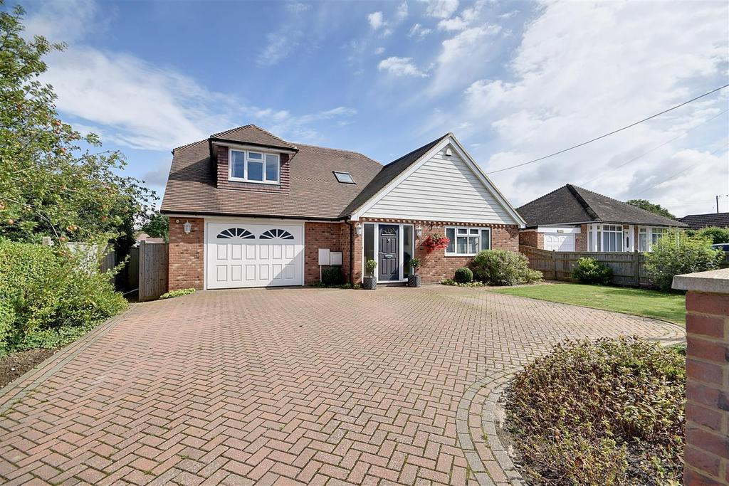 4 Bedrooms Detached House for sale in Station Road Northiam, Rye