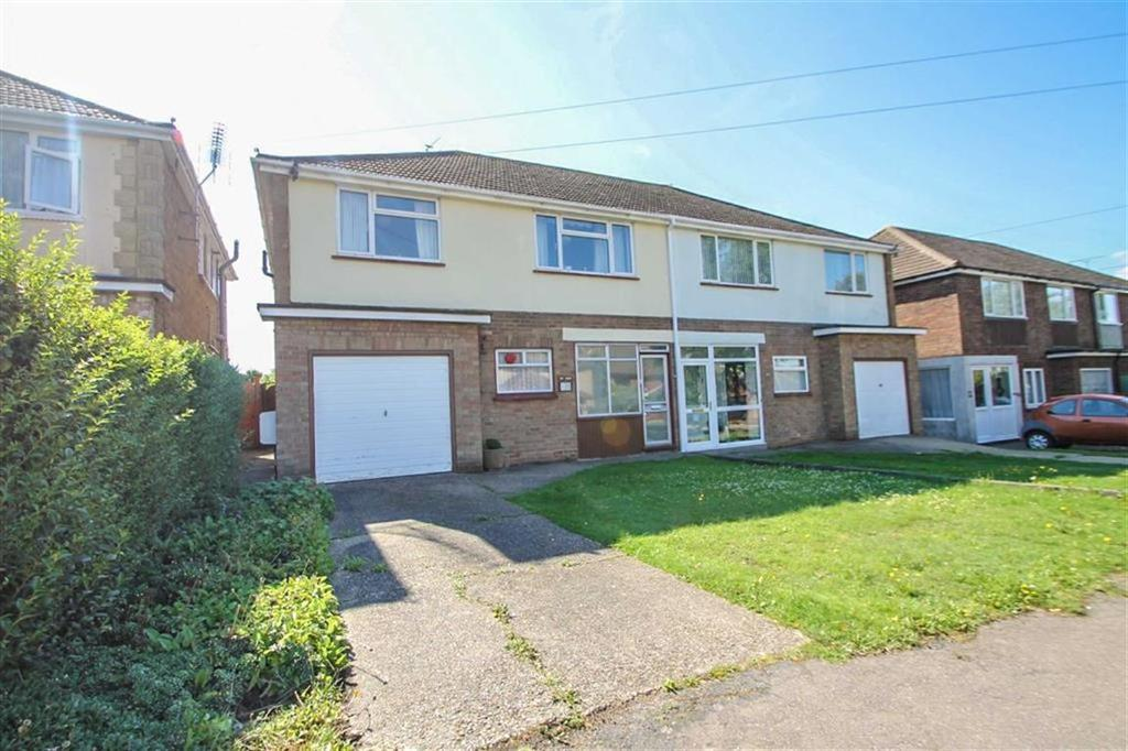 4 Bedrooms Semi Detached House for sale in Leas Road, Clacton-on-Sea