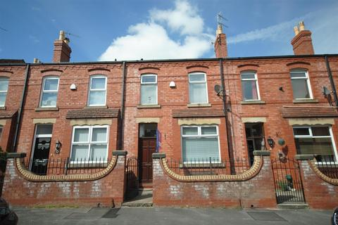 3 bedroom terraced house to rent - Pagefield Street, Wigan