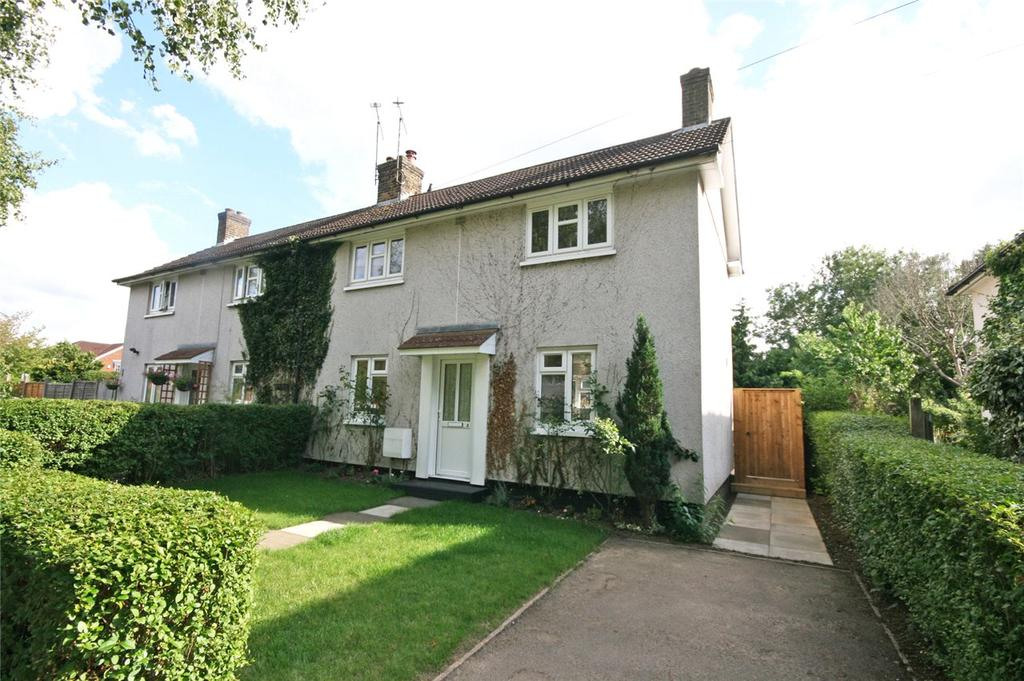 3 Bedrooms Semi Detached House for sale in Birdcroft Road, Welwyn Garden City, Hertfordshire