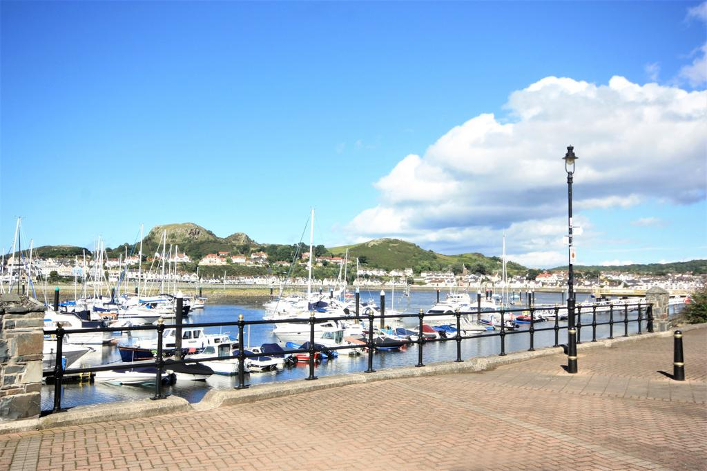 4 Bedrooms Terraced House for sale in Mulberry Close, Conwy Marina, Conwy LL32