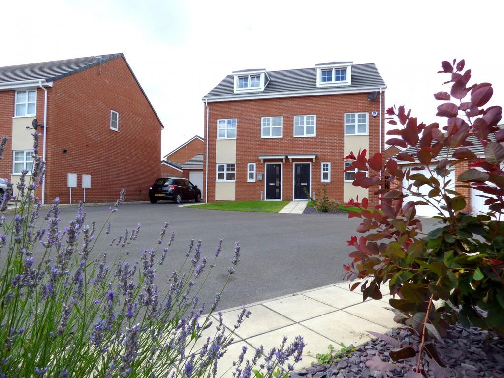 3 Bedrooms Semi Detached House for sale in Welwyn Close, Stockton-On-Tees, TS19