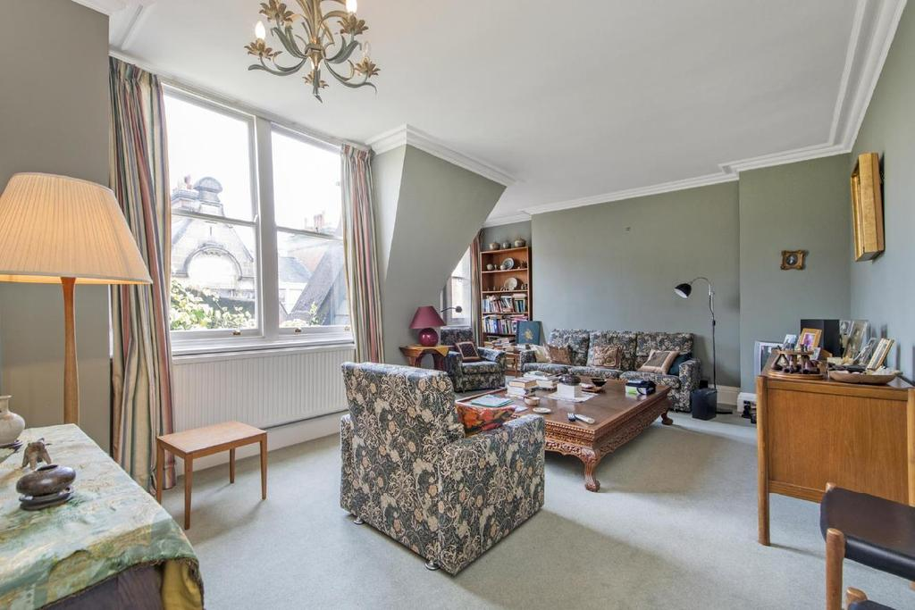 3 Bedrooms Flat for sale in Glentworth Street, Marylebone