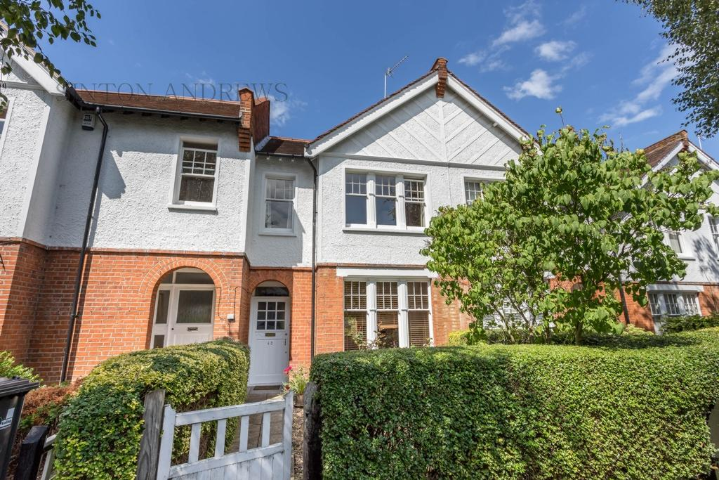 2 Bedrooms House for sale in Woodfield Crescent, Ealing, W5