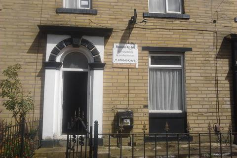4 bedroom house to rent - Groove Terrace, Bradford BD7
