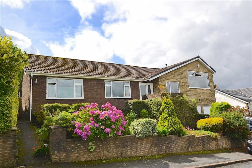 4 Bedrooms Detached Bungalow for sale in Dunderdale Avenue, Nelson, Lancashire