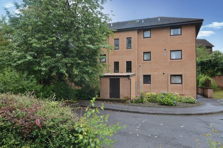 1 Bedroom Flat for sale in 41 Crossveggate, Milngavie, G62 6RA