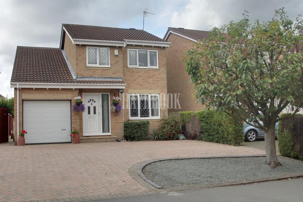 4 Bedrooms Detached House for sale in Greaves Lane, High Green