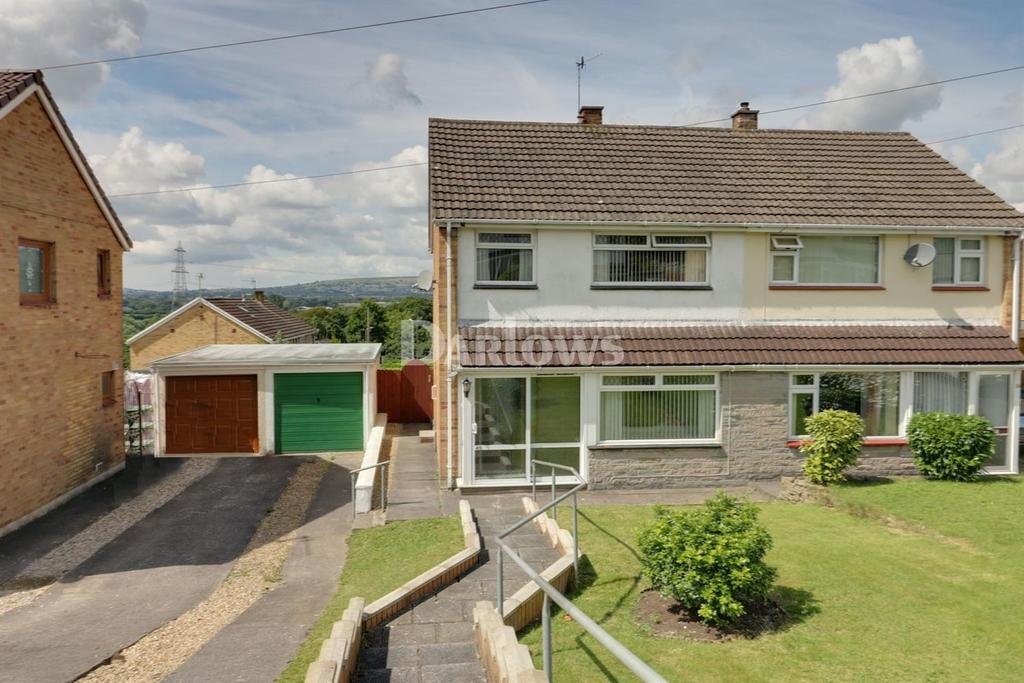 3 Bedrooms Semi Detached House for sale in Summerfield Lane, Machen