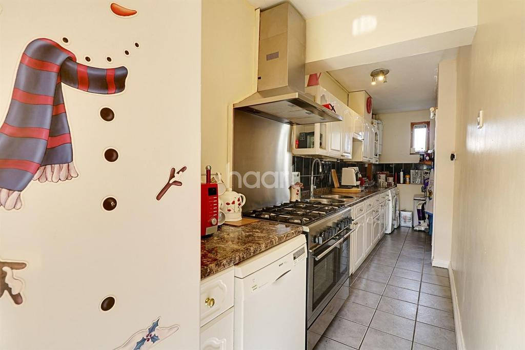 2 Bedrooms Terraced House for sale in Southall