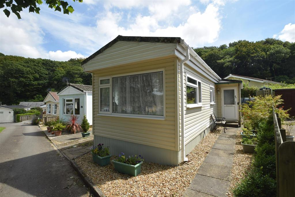 2 Bedrooms Detached Bungalow for sale in Cosawes Park, Perran-ar-Worthal
