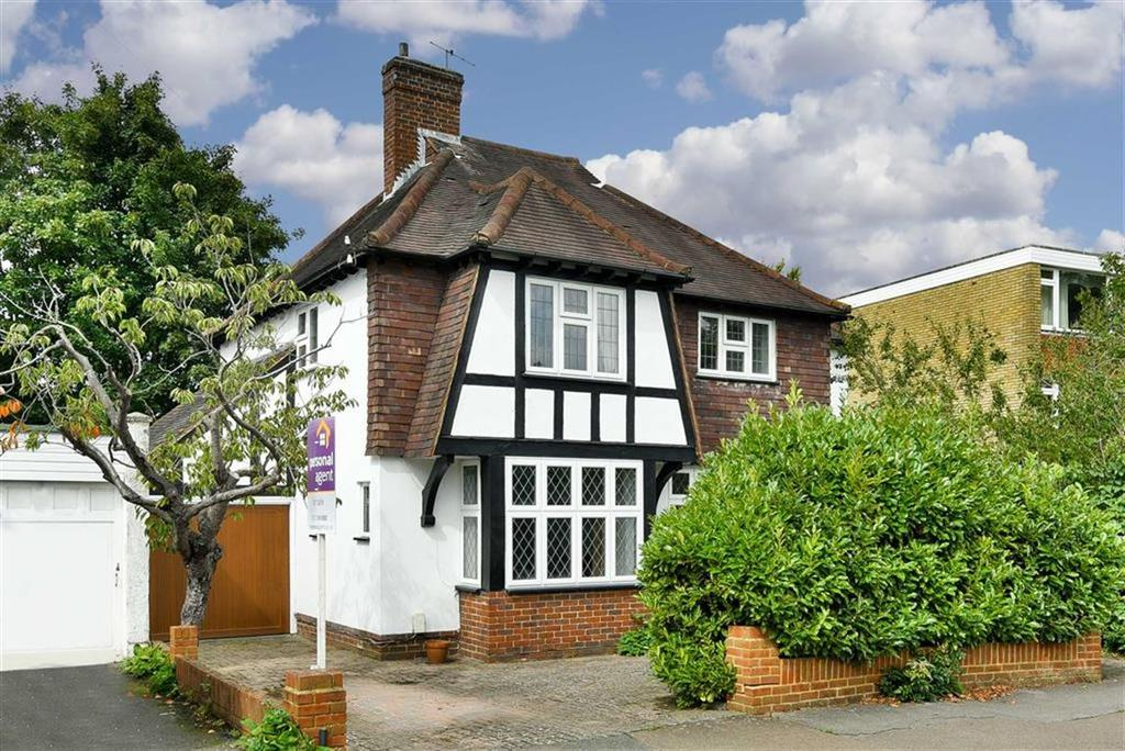 4 Bedrooms Detached House for sale in Worple Road, Epsom, Surrey