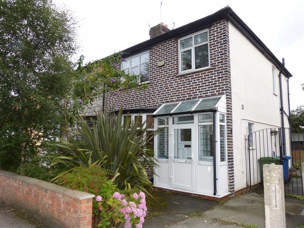 3 Bedrooms Semi Detached House for sale in Kings Road, Old Trafford
