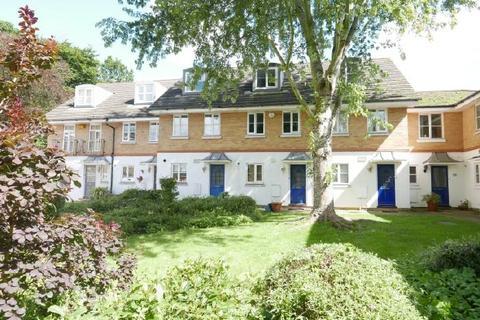 3 bedroom house to rent - BANISTER PARK  - ARLOTT CRT - UNFURN/FURN