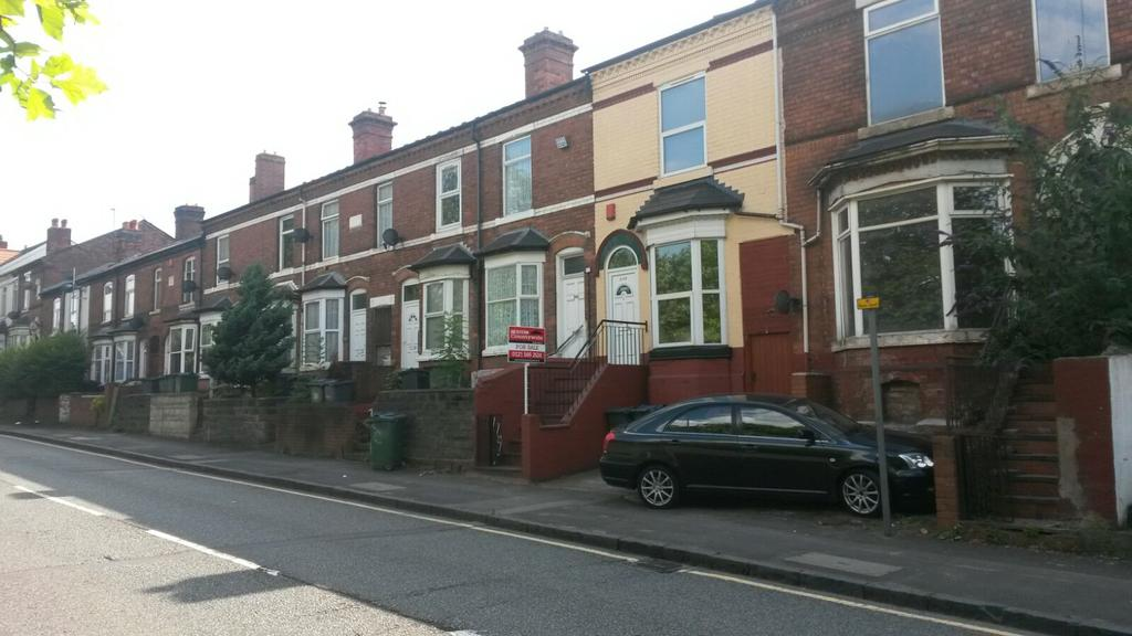 4 Bedrooms Terraced House for sale in Smethwick B66