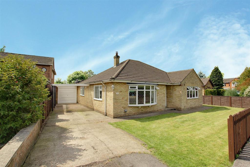 3 Bedrooms Detached Bungalow for sale in 4 Dashwood Road, Alford, LN13 0AA