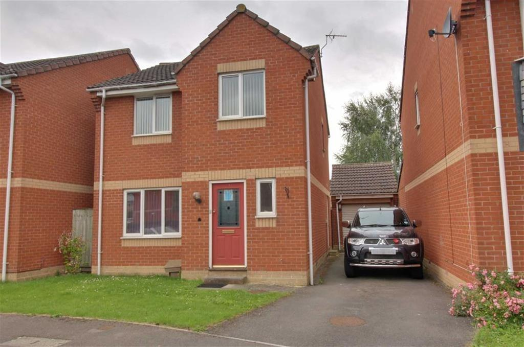 3 Bedrooms Detached House for sale in Arrowsmith Drive, Stonehouse, Gloucestershire