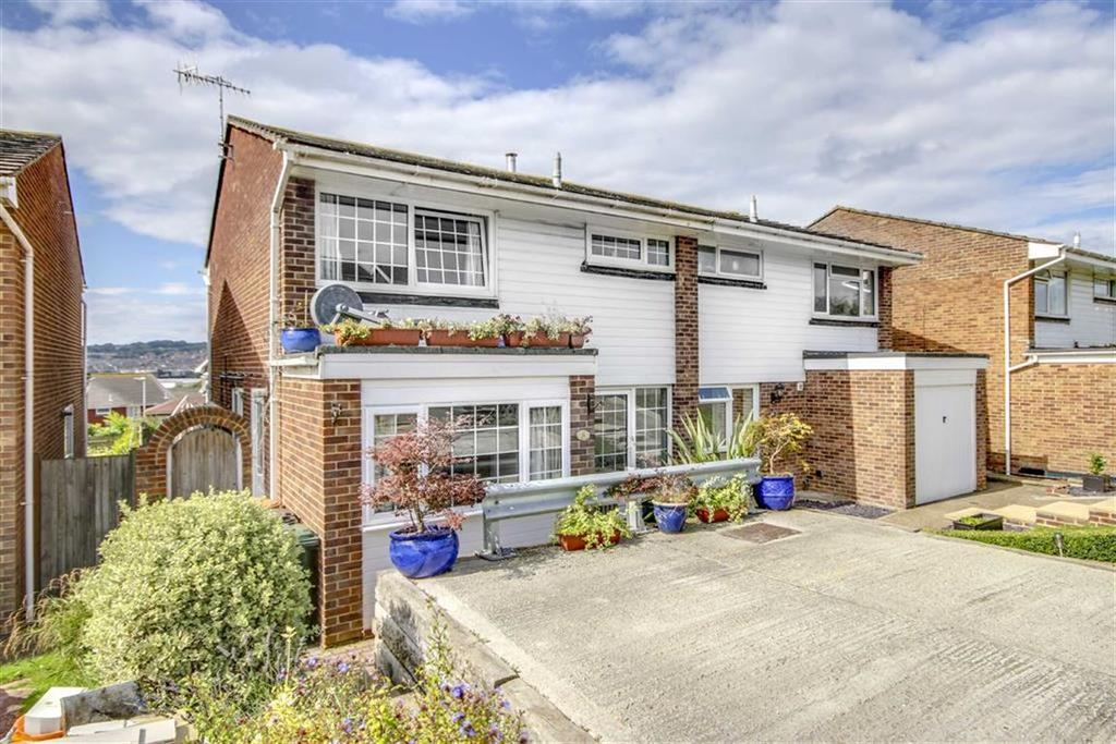 4 Bedrooms Semi Detached House for sale in Heighton Crescent, South Heighton, Newhaven