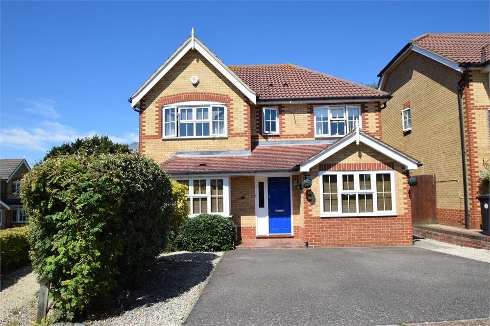 4 Bedrooms Detached House for sale in Lambourn Avenue, Stone Cross, Pevensey