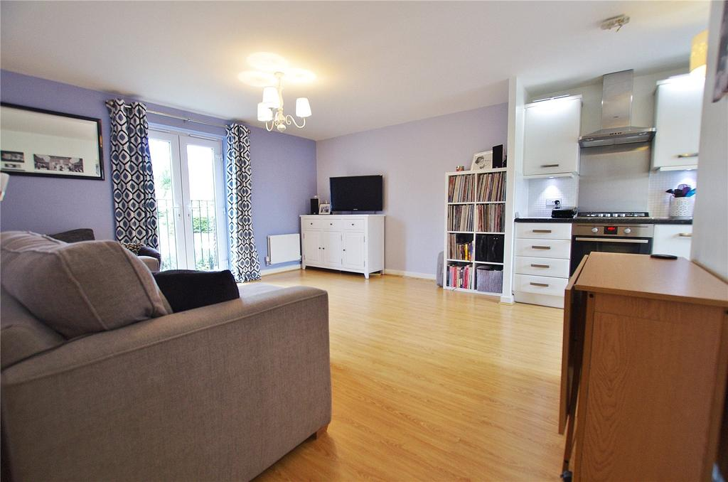 2 Bedrooms Apartment Flat for sale in Turner Court, 1 Williamson Road, Watford, Hertfordshire, WD24
